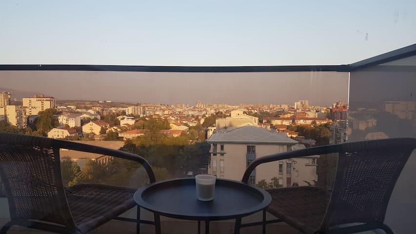 Skyline Apartment, brand new, modern, great view