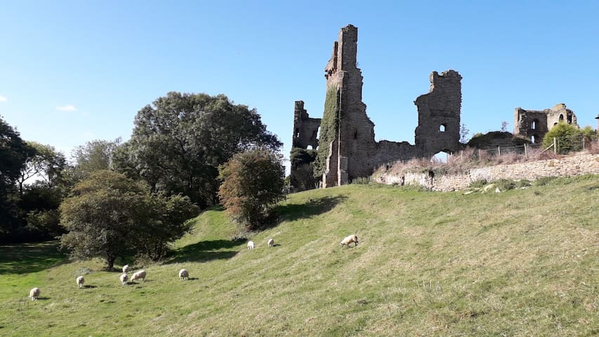 2 rentals in Sheriff Hutton Castle grounds.