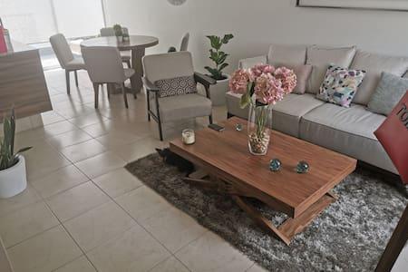 Habitación confortable, como en casa...