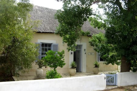 Romantic Historic Cottage McGregor - McGregor - Huis