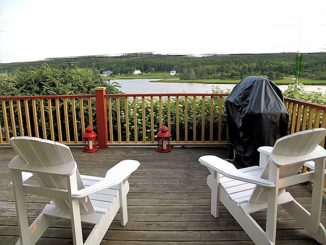 Heron's Perch - Looking for a special vacation?
