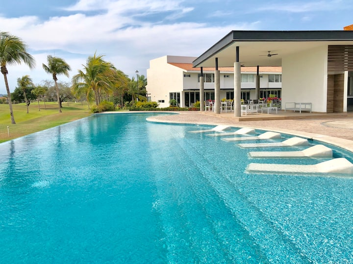 🏌🏽‍♂️Punta Cala: A perfect family home on a ⛳️course