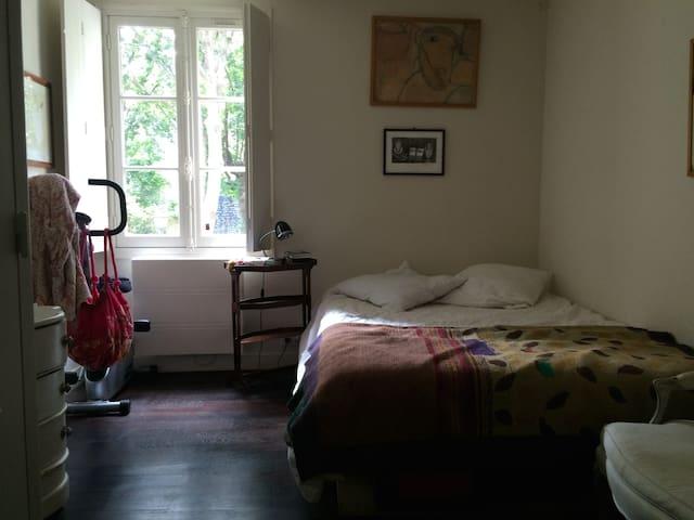 Chambre 2 / Room 2