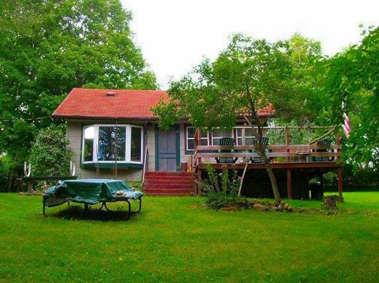 Great deck with BBQ grill.