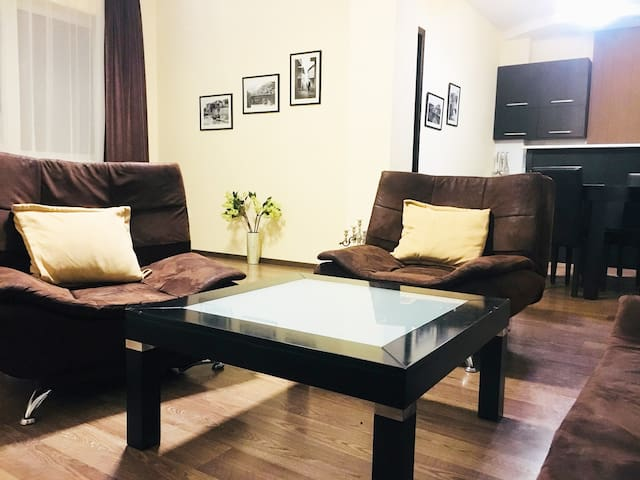 ✔Premium Apartment in The Center, Near Rustaveli