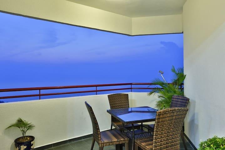 Seaside Holiday Apartments - Penang