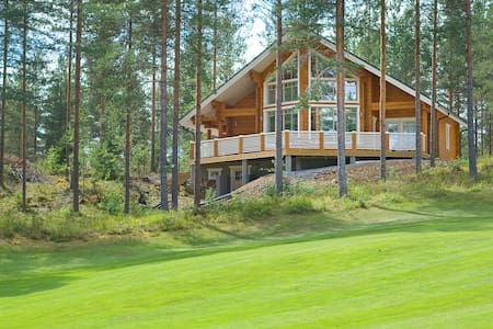 New Log Villa Sofia in Golf Club - Kerimäki - 一軒家