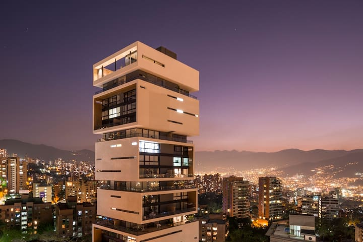 ★★Energy Living★★904: Best building in Colombia! ✅