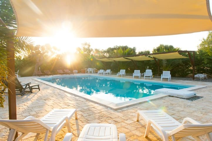 Large Farmhouse with Pool in Puglia - Castellana Grotte - Maison