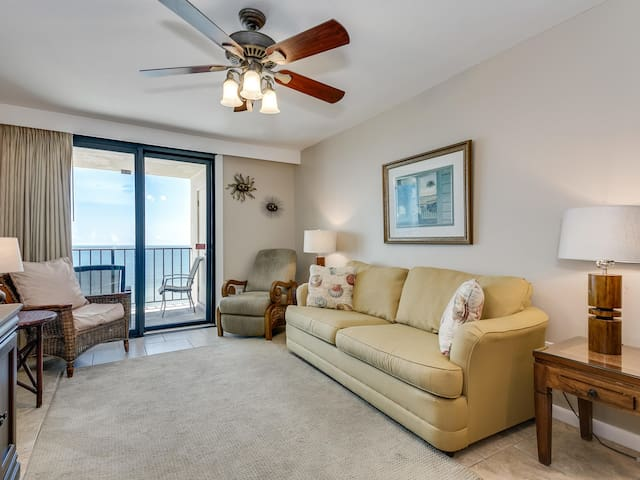 Beachfront Condo with Stunning Views and Access to All Resort Amenities!