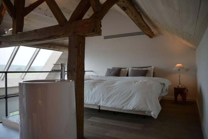 Prachtige kamer met mezzanine