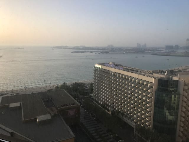 Sea View beach front Large 1BR in JBR