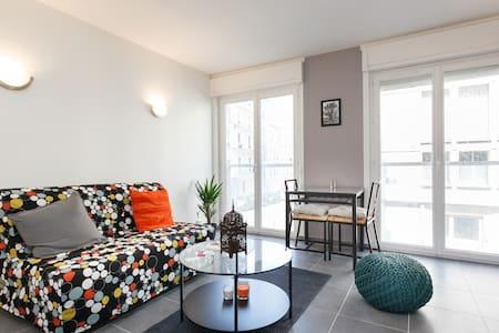 Cosy studio in Montmartre