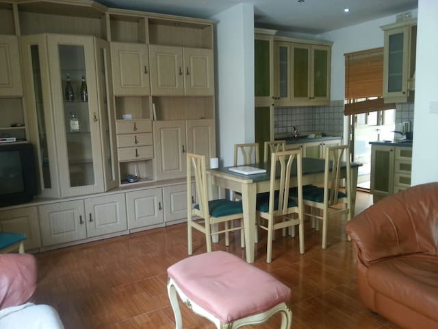 Double room close to St Julians - Swieqi - Apartamento
