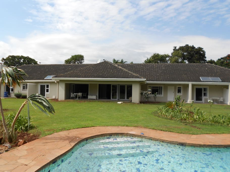 Willow lodge bed and breakfasts for rent in harare for Beds zimbabwe