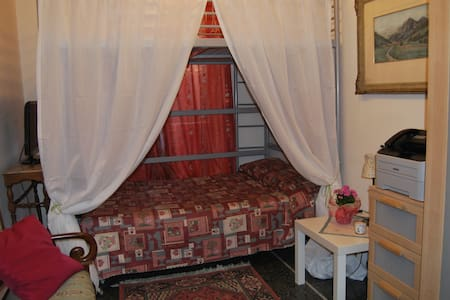 Beautiful Garden - Romantic Room - Genua - Bed & Breakfast