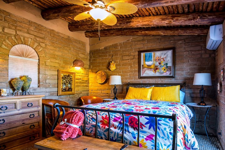 Room Uno at Casa Tierra Adobe Bed & Breakfast