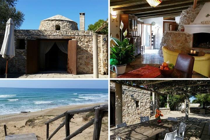 Beautiful 5 pers. house w large terrace <1km Beach