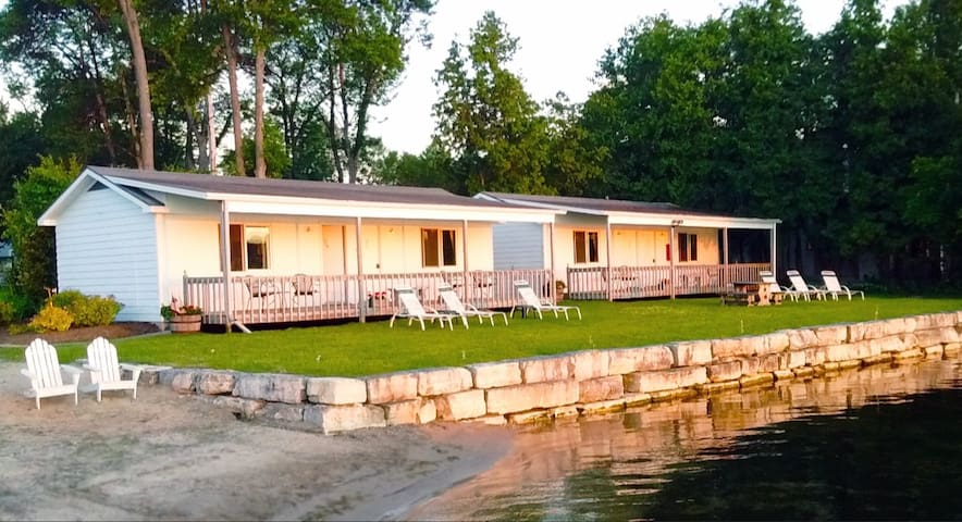 Waterfront Studio with Private Beach in Ephraim #3