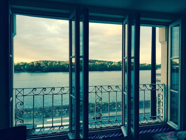 Maison très belle vue sur Loire. Centre ville