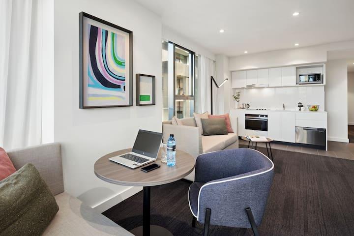 One Bedroom Apartment - New Quest St Kilda Road