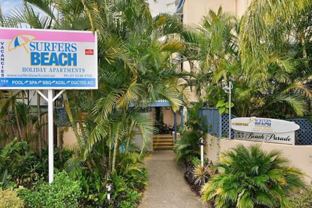 Entrance to Surfers Beach Holiday Apartments