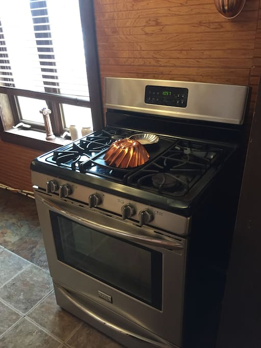 Gas Stove & Oven