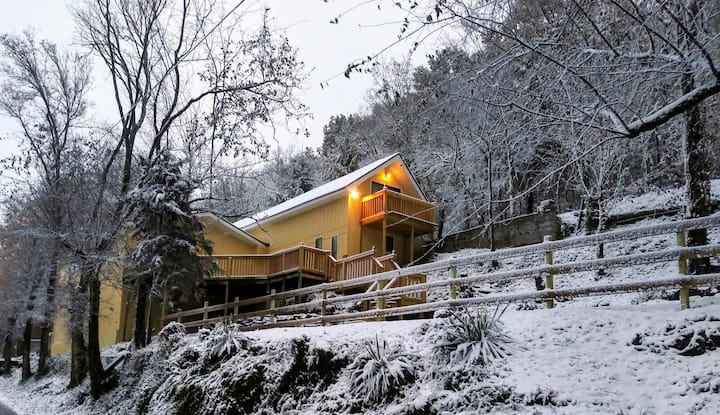 Newly Remodeled Vacation Home in the Mountains