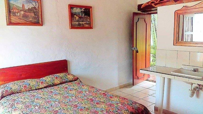 simplE habitacion PRIVATE in cosala
