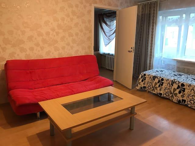 Квартира двухкомнатная на Карельской 28