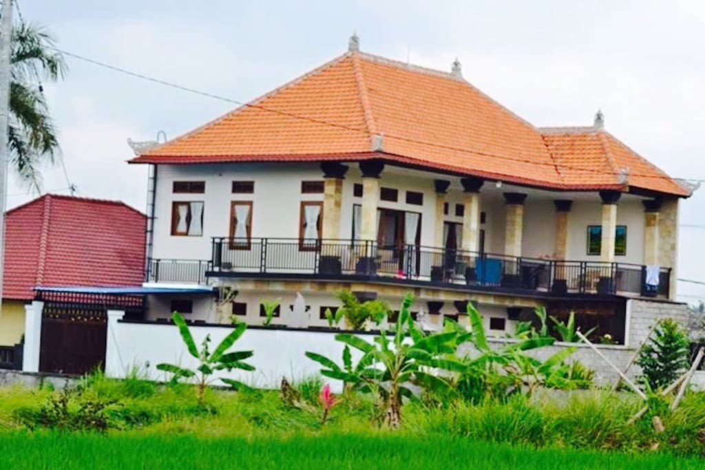 Villa picture from outside.