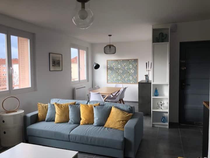 appart  maladière 64 m2,  2 lits doubles + canapé