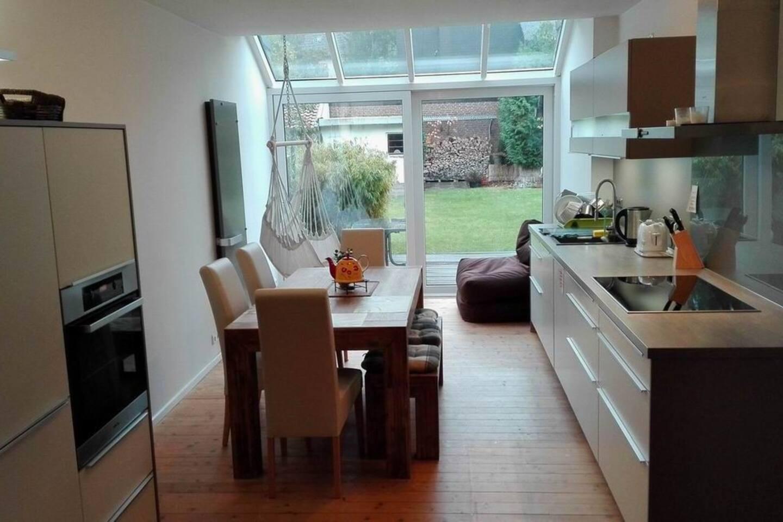 moderne Küche mit Stil & Ambiente, voll ausgestattet, Kaffeemaschinen, Mikrowelle, Induktionskochfeld u.v.m.