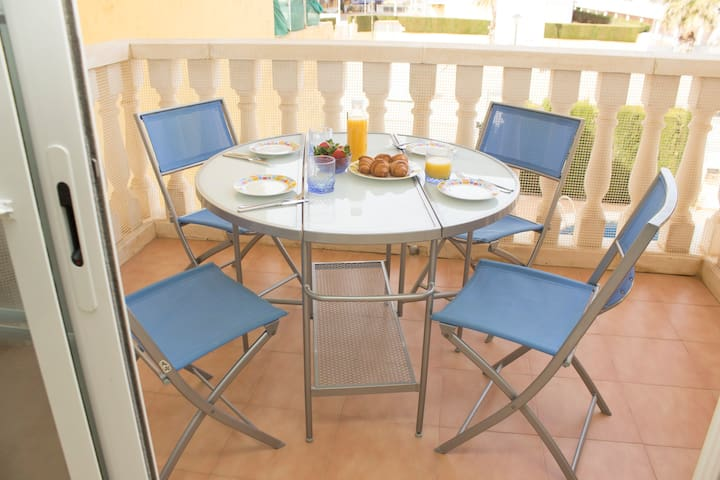 Charming Flat by the Beach - Playa - Apartmen