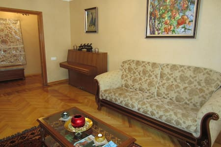 1 big bedroom apartment in the heart of Tashkent - Тошкент - 公寓