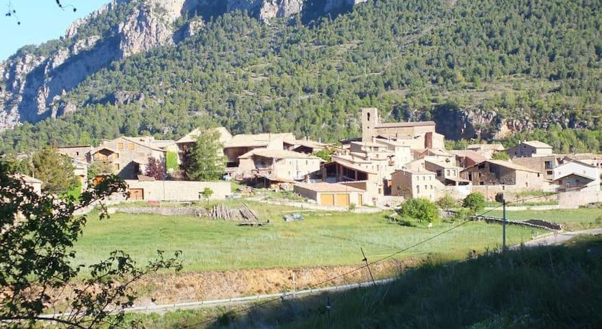 Precioso Apartamento de montaña en el Pirineo - Tuixent - Leilighet
