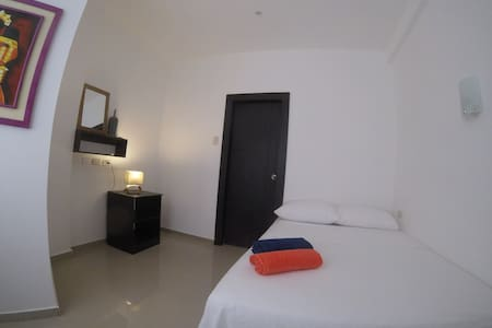 Habitación Matrimonial con baño privado - Montanita