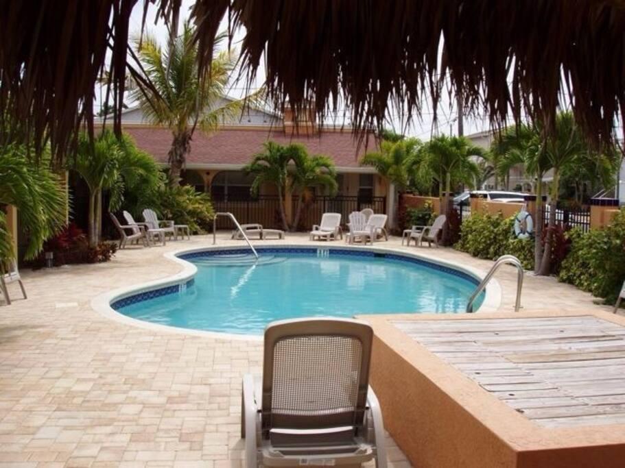 Coconut Villas Condominiums For Rent In Redington Shores