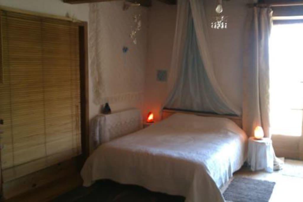 Grande chambre au calme belle vue sur la campagne for Louer chambre sans fenetre