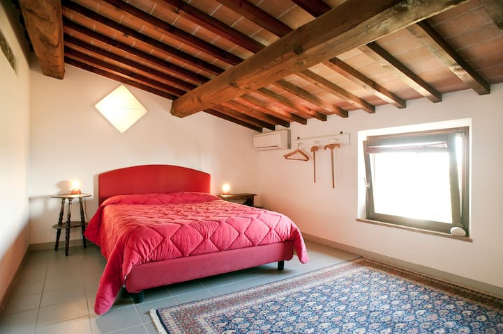 Double room - Palaia - Bed & Breakfast