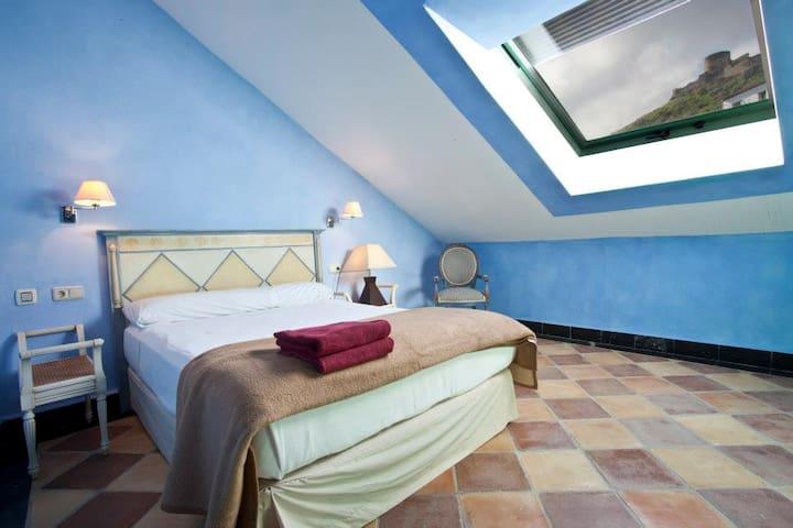 Hostal Casa Henrietta - Jimena de la Frontera - Bed & Breakfast