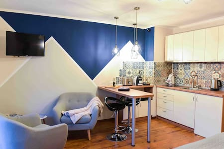 Lux new studio,Perfect location,PoolSpa,HomeOffice