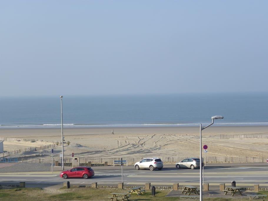 La plage vue du grand balcon.
