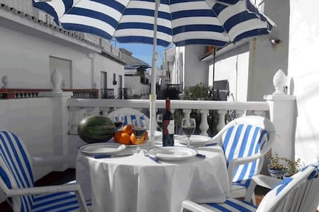 Pure Andalucia on 3 house-levels - Torrox - Rumah