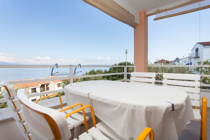 A sea view apartment in Rabac area