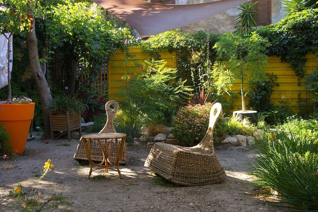 T3 sur terrasse et jardin en ville appartamenti in affitto a marsiglia provenza alpi costa - Terrasse et jardin en ville montpellier ...