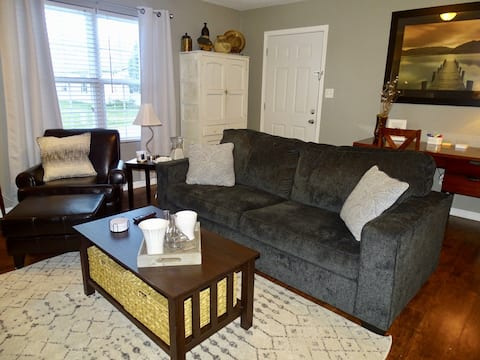 Enjoy a Relaxing Apt. in Quiet Small Town