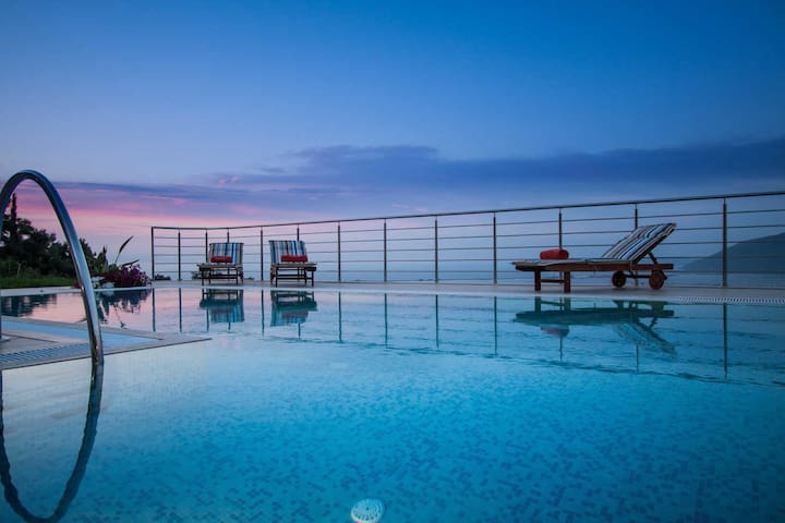 Luxury stone-made villa with exceptional view and swimming pool - OFFER - Lefkada