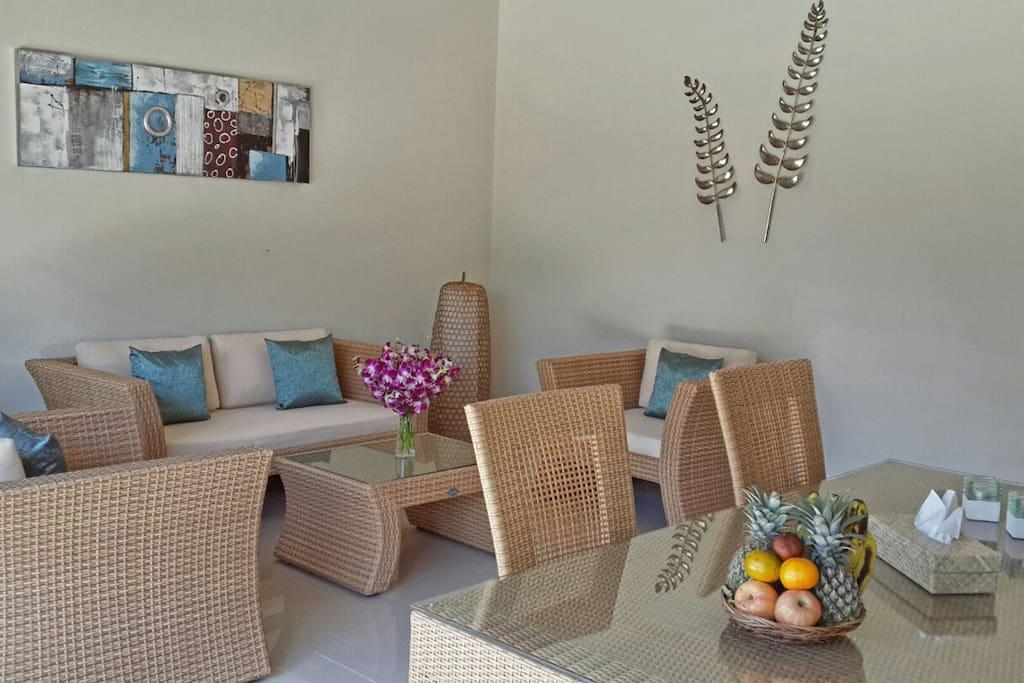 Piscine priv e bali villa de 2 chambres coucher villas for Chambre a coucher entiere