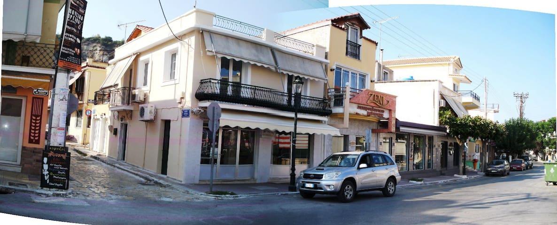 Centralissima casetta vista parziale porto - Zante - House